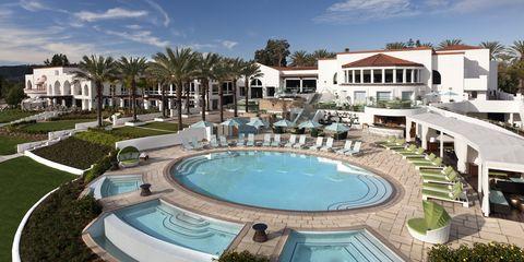Swimming pool, Property, Resort, Building, Real estate, Resort town, Estate, Town, Hotel, Home,
