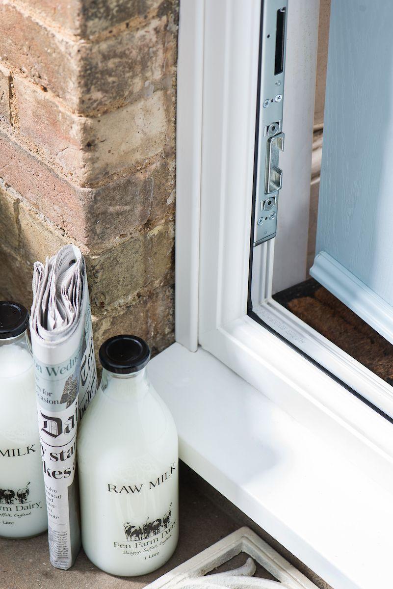House Beautiful door collection with Everest & House Beautiful Door Collection with Everest - Composite Front Doors