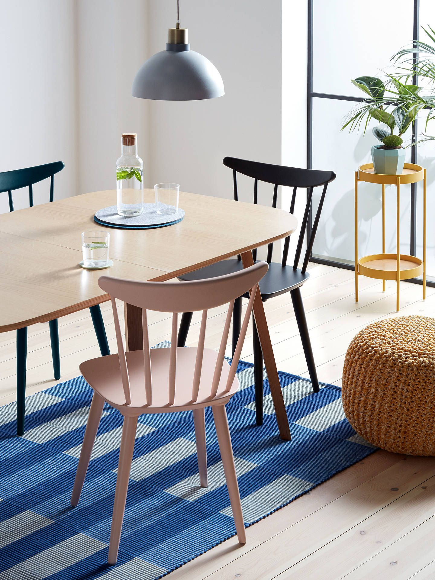 Picture of: 16 Small Side Tables Perfect For Compact Spaces