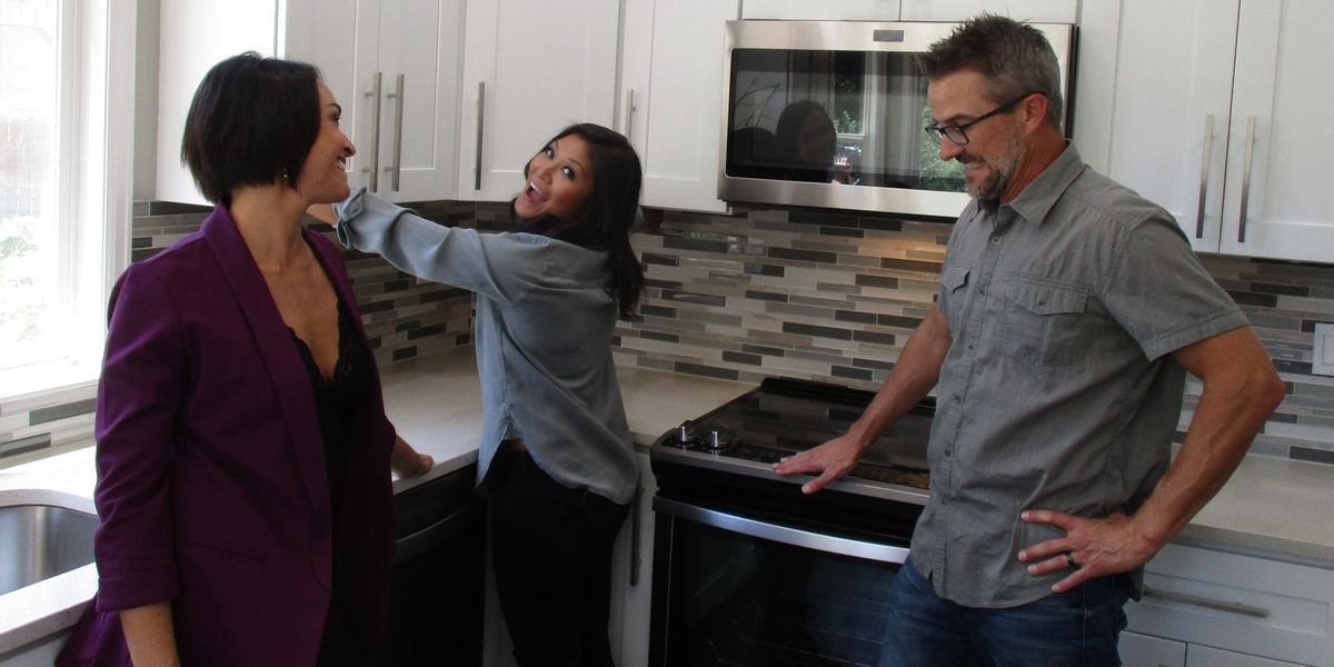 'House Hunters' Featured Its First-Ever Throuple and People Are Furious