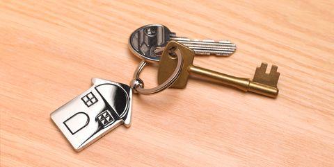 New home, house keys on desk