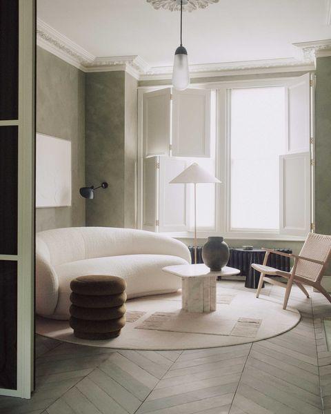 vivienda en londres del estudio house of grey con colores neutros y serenos