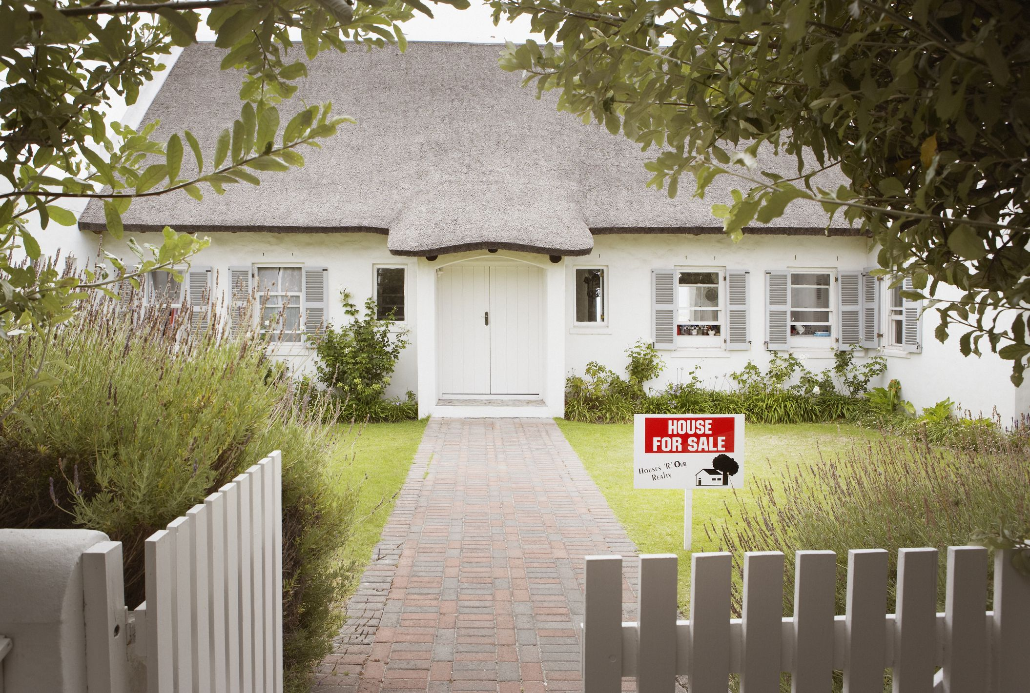 1 in 3 Americans Cry During the Home-Selling Process, and This Is Why