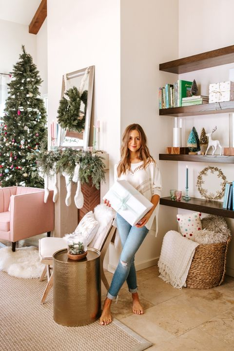 How Blogger Camille Styles Decorates for the Holidays ...