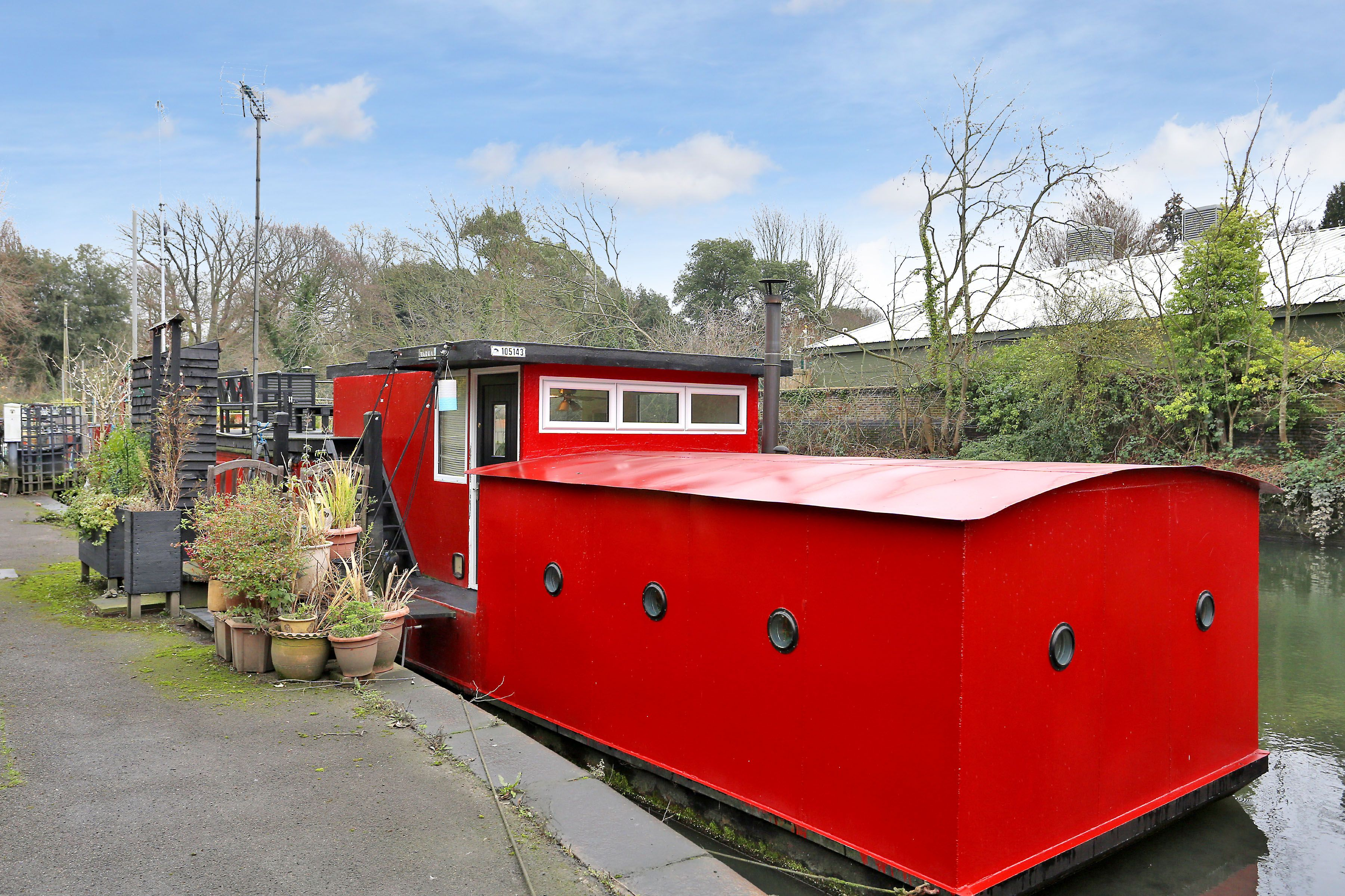This one-bedroom houseboat in Ham Wharf has just gone on the market