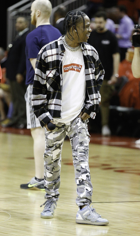 Travis Scott Outfits: 15 Best Looks