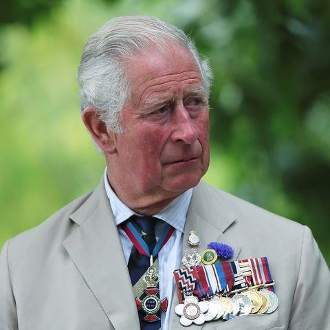 ロイヤルファミリー ザ・クラウン ウィリアム王子 エリザベス女王