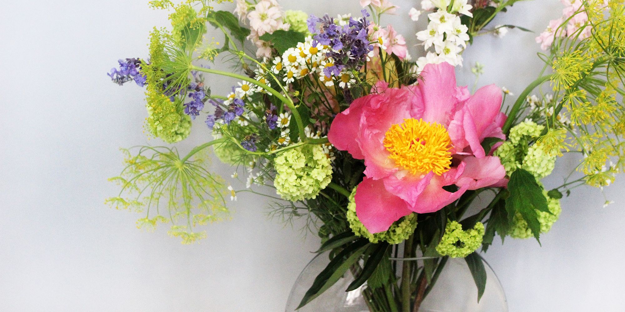 How To Arrange Flowers For The Most Stunning Homemade Bouquets