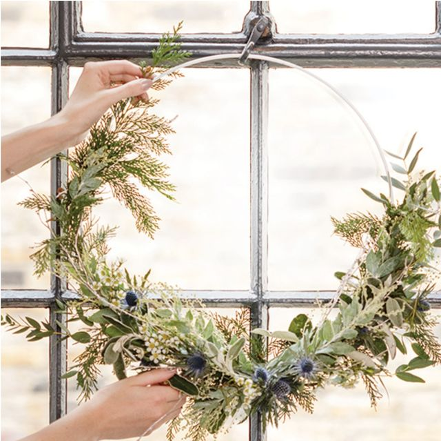 how to make a christmas wreath   modern and traditional designs