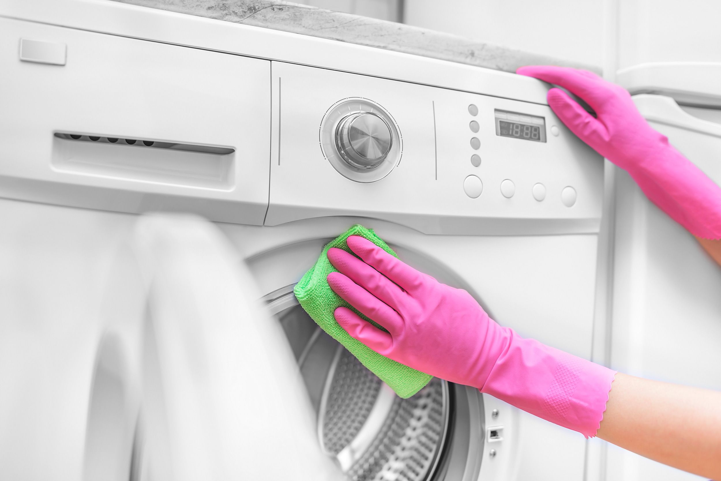 How to Clean a Washing Machine the Right Way