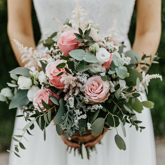 how to grow your own wedding flowers, according to sarah raven