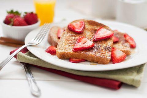 Dish, Food, Cuisine, Strawberry, Ingredient, Breakfast, French toast, Strawberries, Dessert, Meal,
