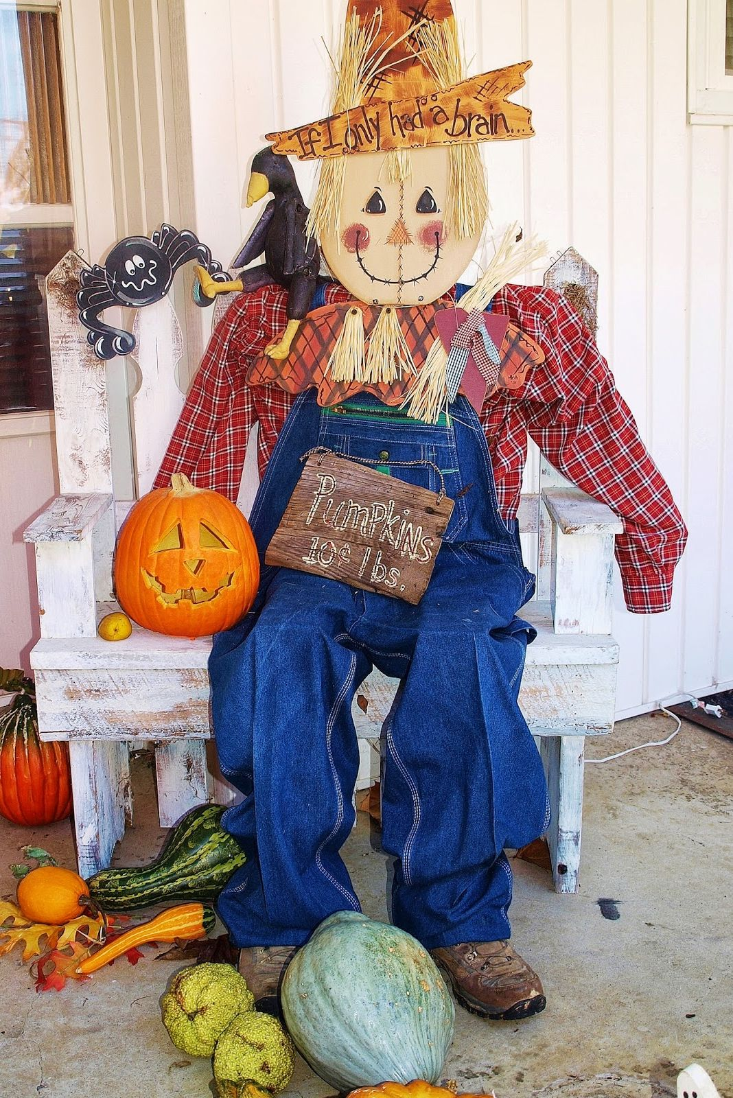 how to make a scarecrow