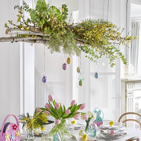 How to make an Easter-themed hanging table centrepiece