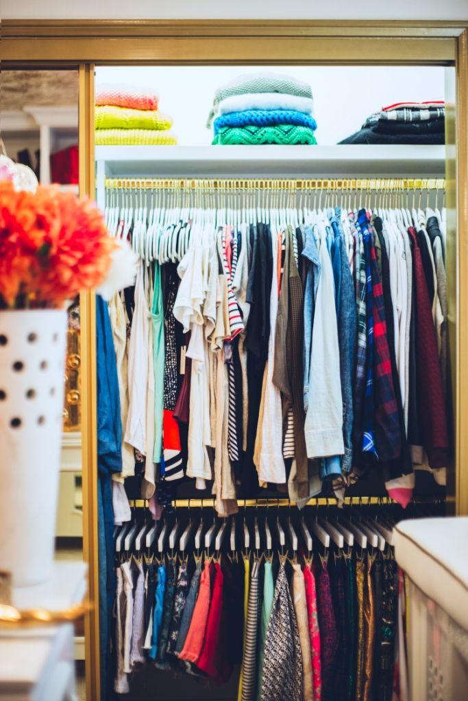 How To Organize A Closet Lisa Adams