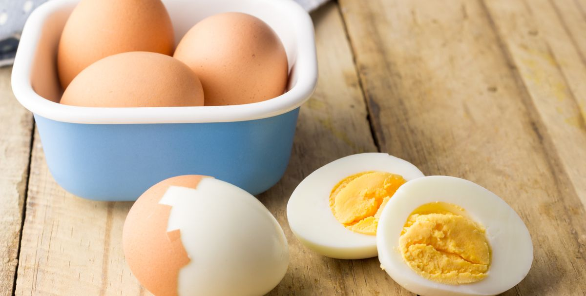 This Is the Best Way to Peel Hard Boiled Eggs