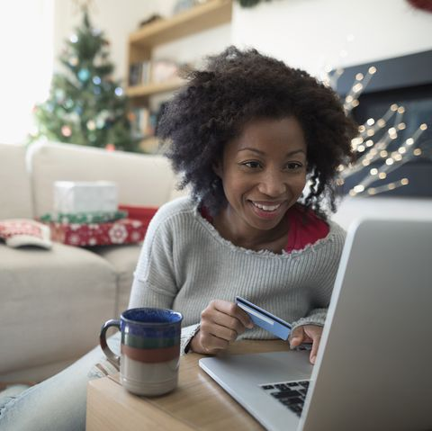how-to-save-money-during-the-holidays-budget