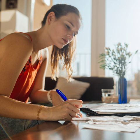 how-to-save-money-track-your-spending