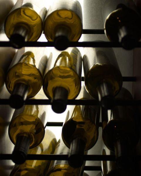 wine cellarhow to store wine