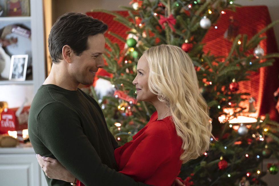 How to Watch and Stream Hallmark's Christmas Movies (If You Don't Have Cable)