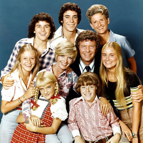 """How to Watch and Stream """"The Brady Bunch"""" Online"""