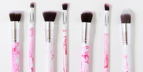 Brush, Makeup brushes, Pink, Cosmetics, Beauty, Product, Eye shadow, Eye, Material property, Tints and shades,