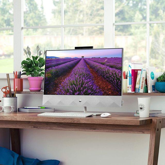 hp desktop computer on desk