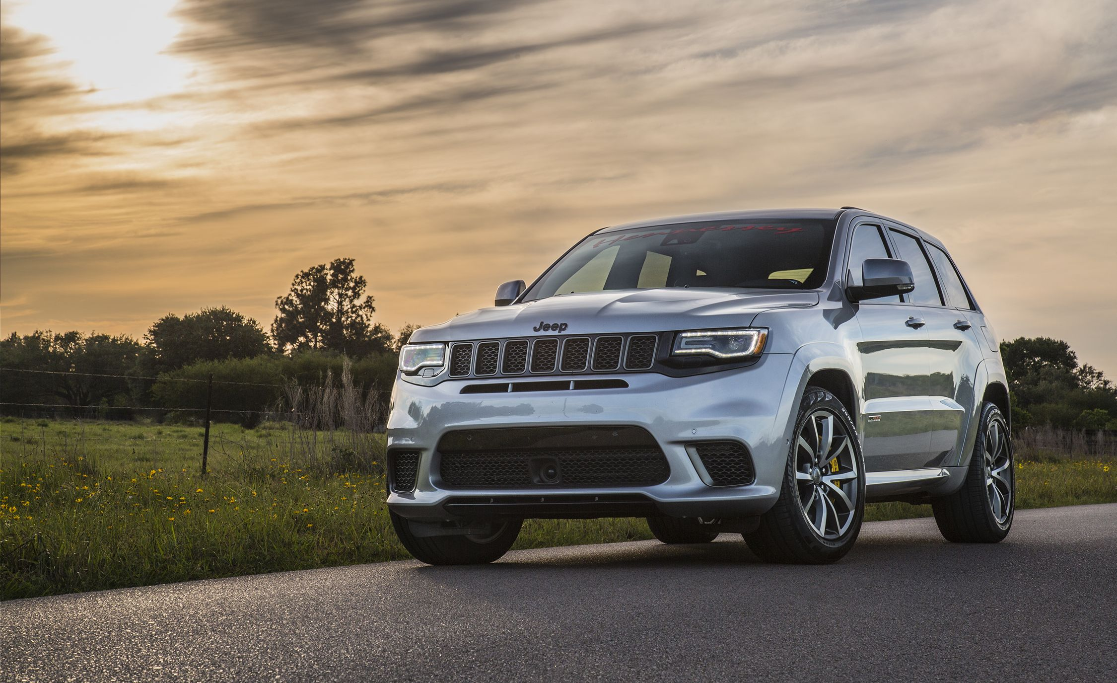 Hennessey Cranks Up The Jeep Grand Cherokee Trackhawk To 1200 Horsepower