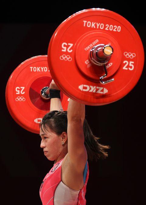 郭婞淳破紀錄拿下東京奧運舉重金牌 同款香奈兒logo耳環被熱搜