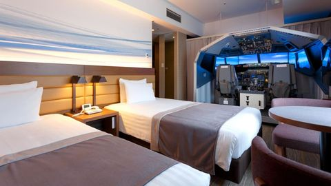 This Hotel Room Comes With a Flight Simulator