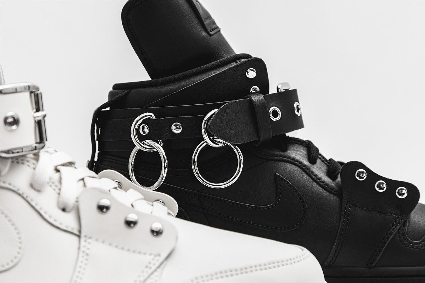 Here's a Closer Look at the Comme des Garcons x Nike Shoes