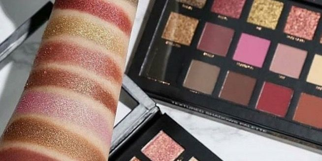 Huda Beauty Rose Gold Edition Eyeshadow Palette The Internet S