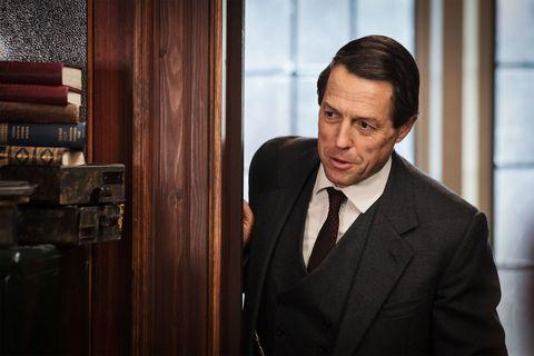 Hugh Grant busca un guion robado