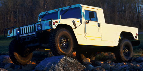 Land vehicle, Vehicle, Car, Off-road vehicle, Automotive tire, Hummer h1, Tire, Humvee, Off-roading, Sport utility vehicle,