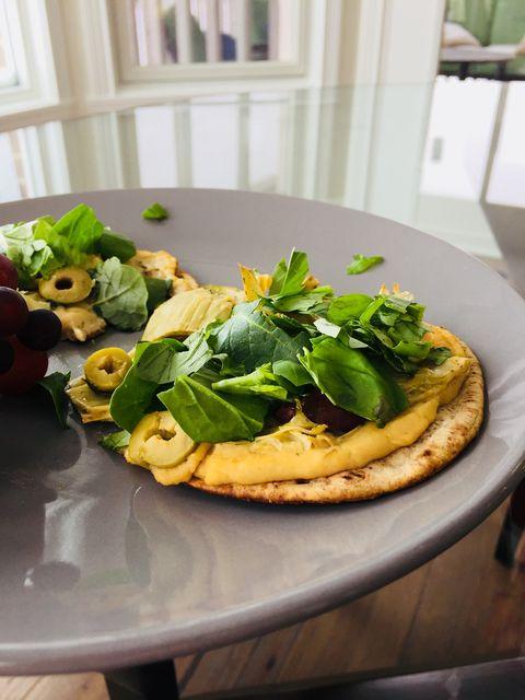 Dish, Food, Cuisine, Ingredient, Leaf vegetable, Flatbread, Produce, Spinach, Brunch, Meal,
