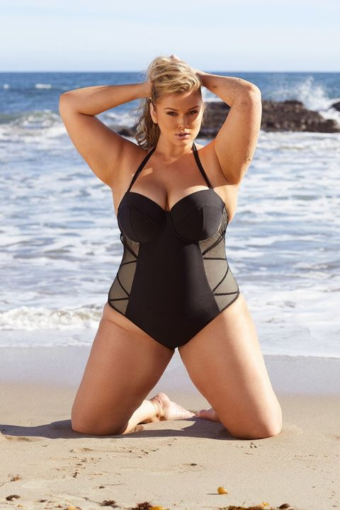 a285922513c Plus-size Model Hunter McGrady has Launched a Swimwear Collection