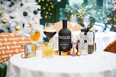 Product, Beauty, Drink, Yellow, Alcoholic beverage, Glass bottle, Liqueur, Bottle, Distilled beverage, Wine,