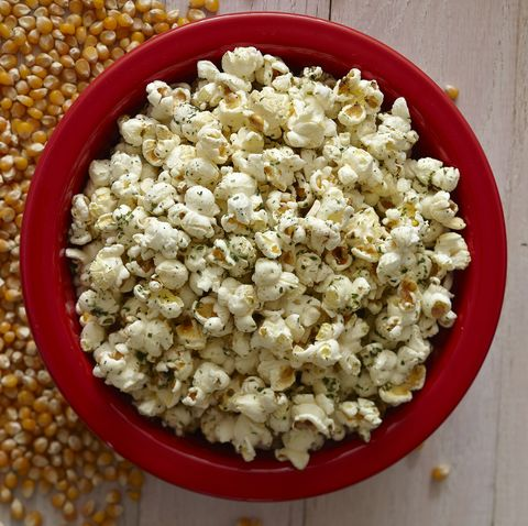 Kettle corn, Popcorn, Food, Snack, Cuisine, Dish, Ingredient, American food, Cereal,