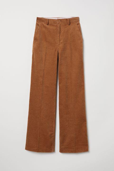 Clothing, Brown, Trousers, Pocket, Shorts, Sportswear, Khaki pants,