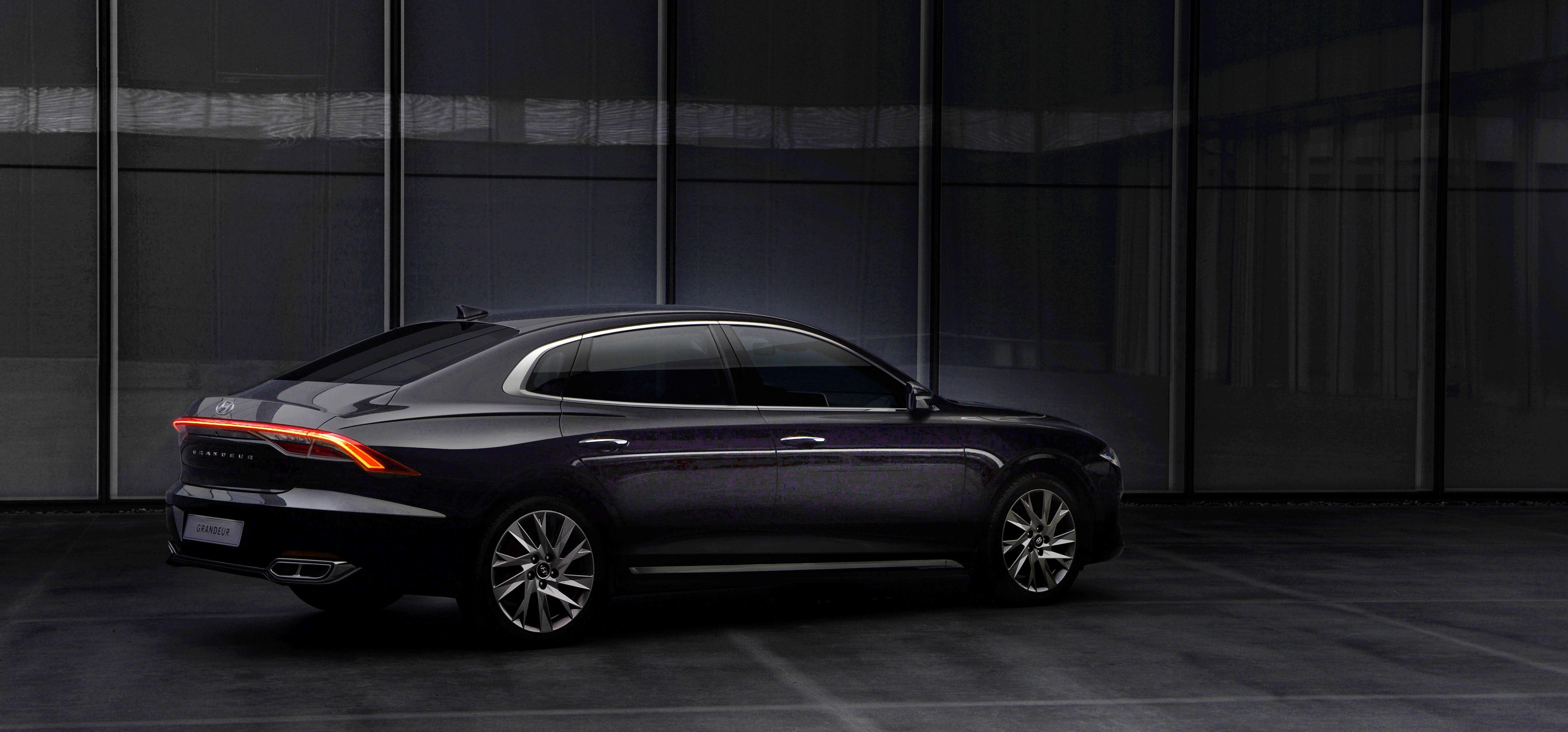 2021 Hyundai Azera Prices
