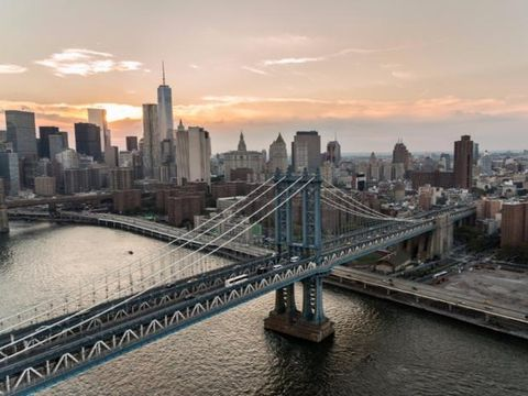 Cityscape, City, Urban area, Skyline, Metropolitan area, Sky, Bridge, Daytime, Landmark, Metropolis,