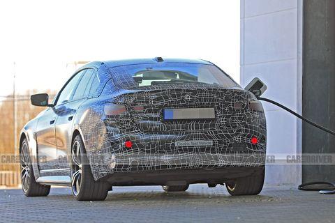 Land vehicle, Vehicle, Car, Automotive design, Executive car, Luxury vehicle, Audi, Mid-size car, Personal luxury car, Family car,