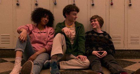 Social group, Sitting, Human, Fun, Adaptation, Conversation,