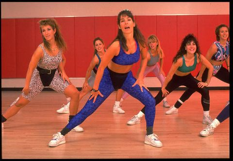 Dancer, Performing arts, Active pants, Exercise, yoga pant, Physical fitness, Choreography, Thigh, Dance, Abdomen,