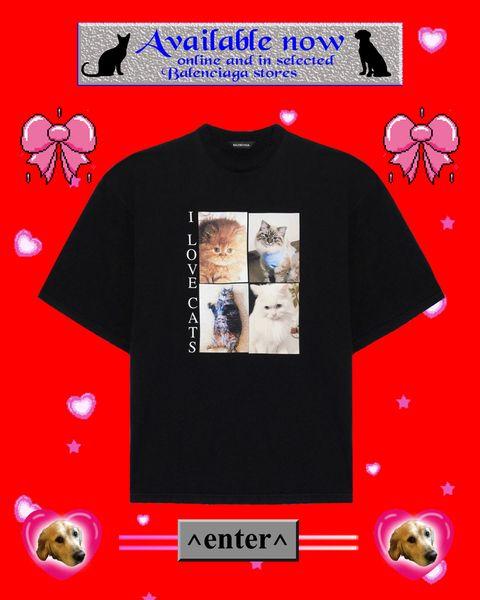 """身近な動物の命を守るためのカプセルコレクション""""i love pets""""が、バレンシアガから発売。猫写真が転写プリントされた黒tシャツ"""