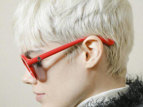 Hair, Eyewear, Face, Ear, Glasses, Hairstyle, Chin, Head, Forehead, Nose,