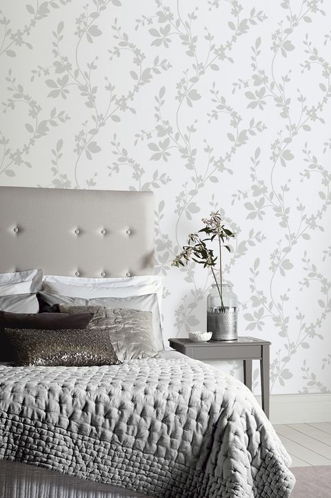 I Want Wallpaper Arthouse Lavina Wallpaper - Silver
