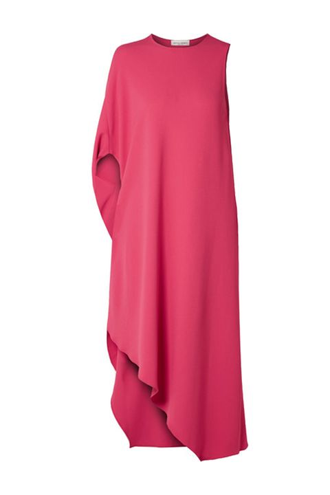 c46712e304e Kate Middleton s Mulberry Pink Dress Perfectly Complements Meghan ...