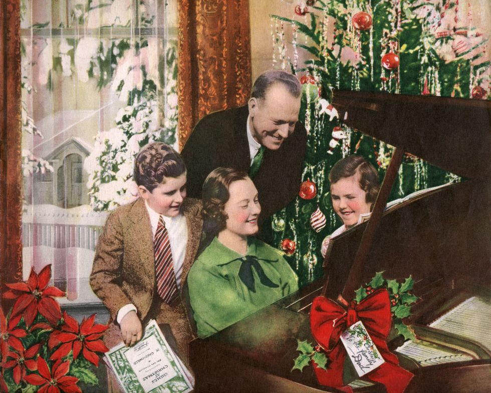 "Everything You Need to Know About the ""12 Days of Christmas"" Meaning"