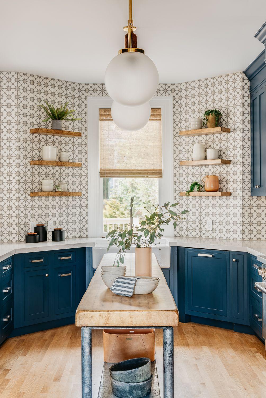 26 Creative Kitchens with Geometric-Patterned Backsplashes